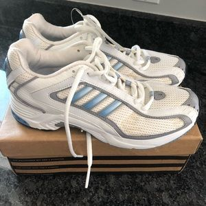 NWT Women's Adidas Sneakers